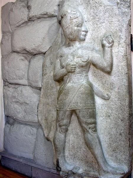 Boğazköy savaşçı tanrı rölyefi