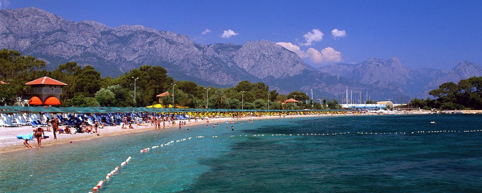 Antalya'nın Doğal Güzelliklerini Nasıl Gezmeliyiz?