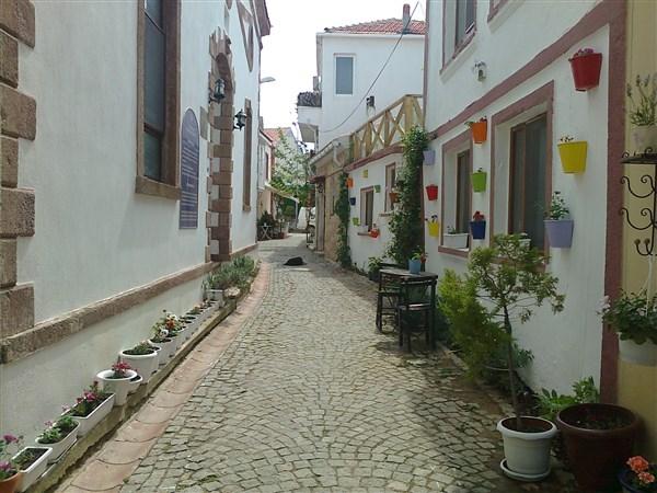 Bozcaada sokakları
