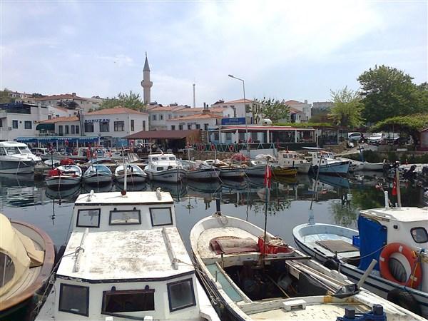 Bozcaada limanı