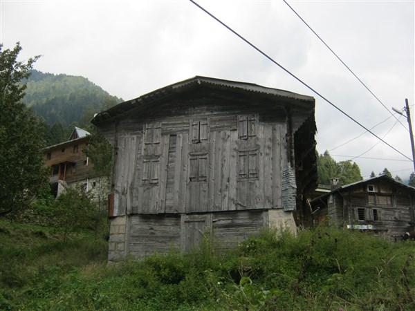 Yayla evi