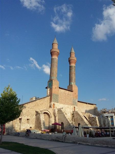 Çifte minareli medrese sivas