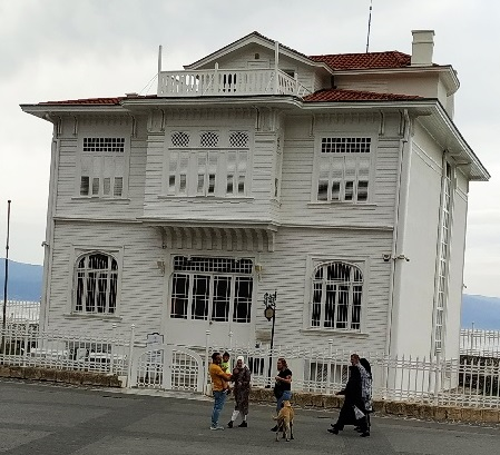 Mudanya Mütareke Evi: Fotoğraf:Zafer COŞAR